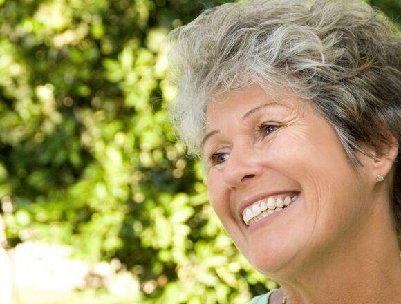 Boca Raton FL Dentist   Optimal Gum Health for Seniors